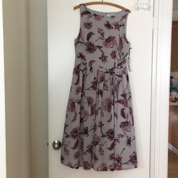 BB Dakota Dresses & Skirts - BB Dakota Ruth Floral Midi Dress